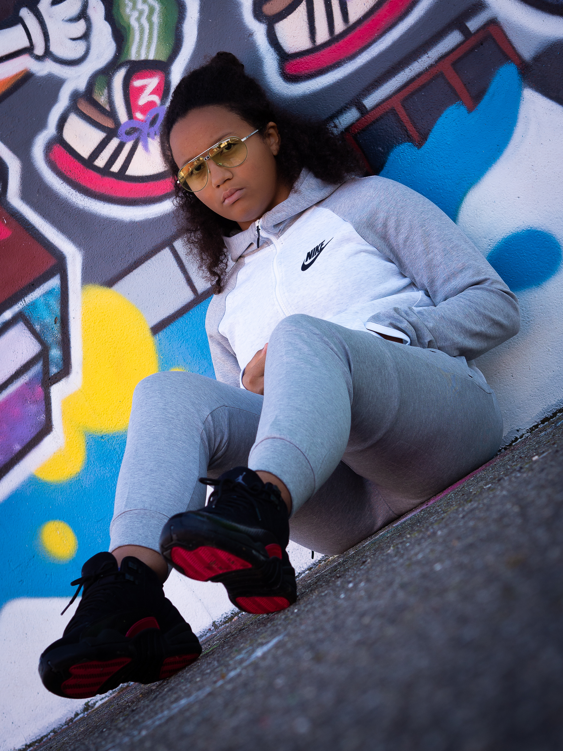 OUTFIT: BLACK AND GREY TRACKSUIT AVEC NIKE
