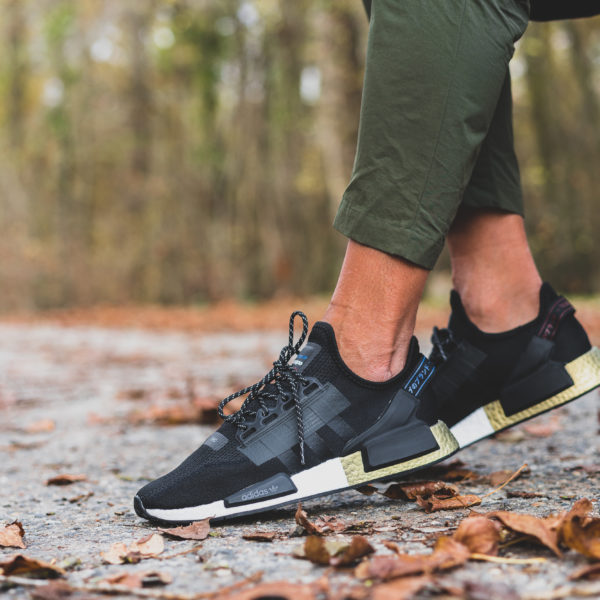 Adidas Nmd R1 V2 Black Gold Foot Locker Exclusive Selecta Bisso