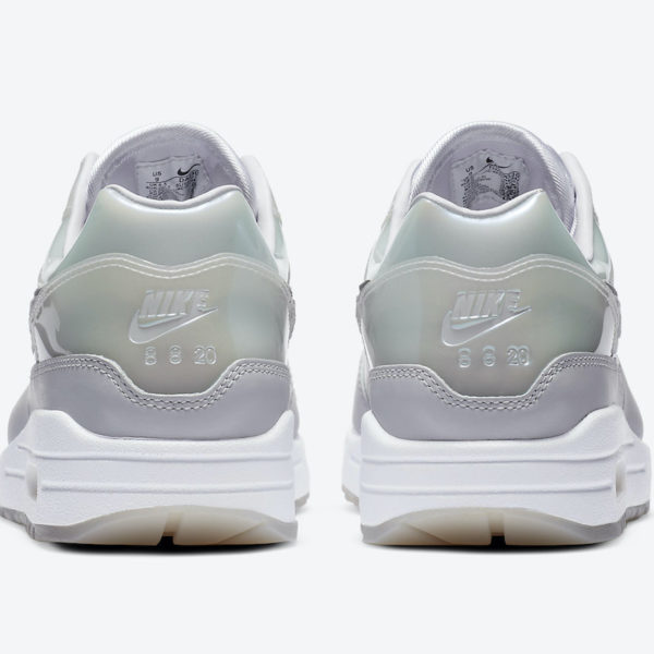 mini chaussure doigt nike